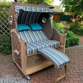 2,5-Sitzer-Strandkorb-mit-Bullauge-und-Fußteil_banana_gruenzimmer_strandkoerbe-und-gartenmoebel