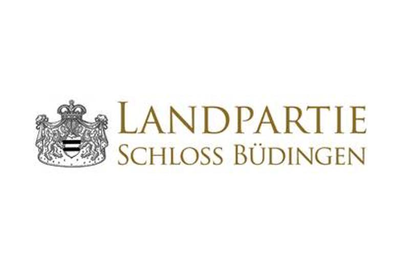 Landpartie-Schloss-Buedingen_2019_grünzimmer_Strandkoerbe_Gartenmoebel